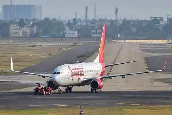 two passengers traveling by spicejet aircraft are corona positive