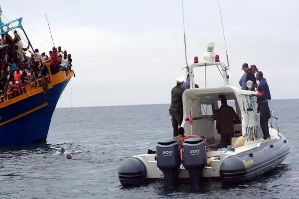 20 migrants drown in tunisia after boat capsize