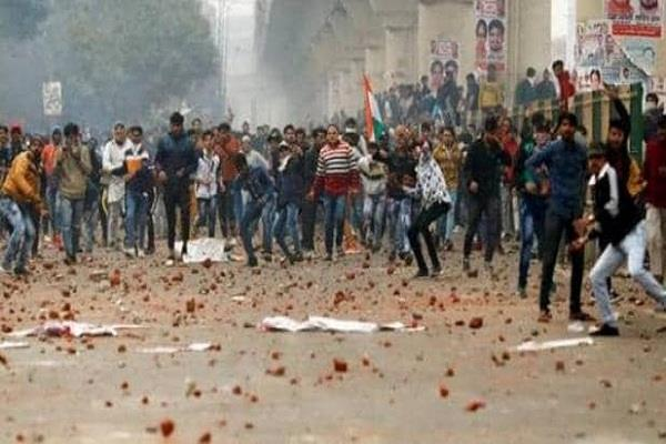 delhi violence police filed charge sheets against 410 people
