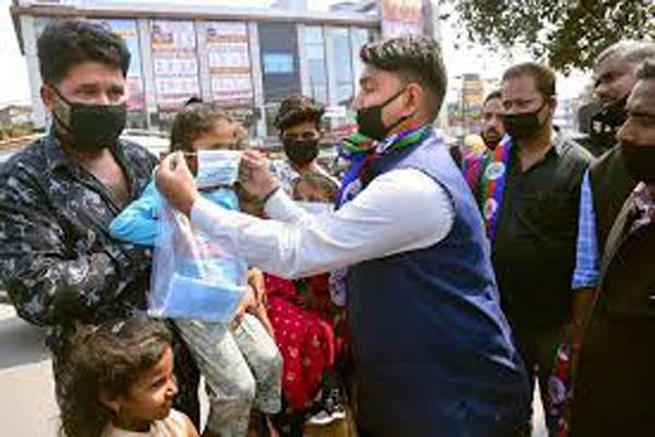 more than 1 lakh people come back from different states to jammu