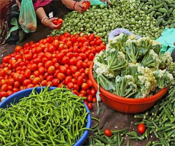 vegetable prices spoil kitchen budget tomato rates rise 6 times