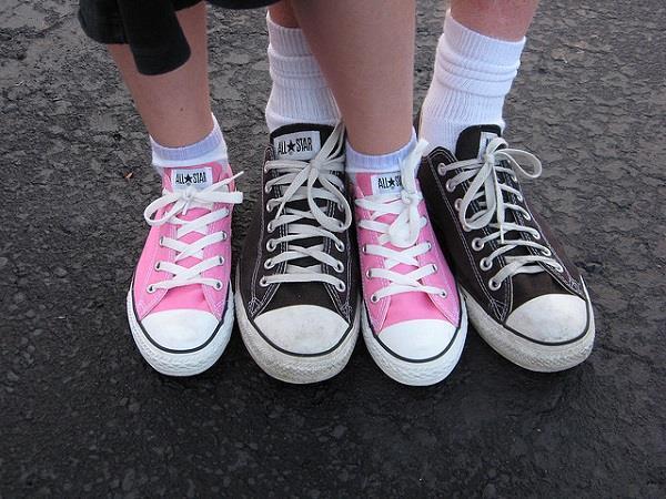 बच्चों के जूते खरीदते वक्त ध्यान में रखें ये बातें