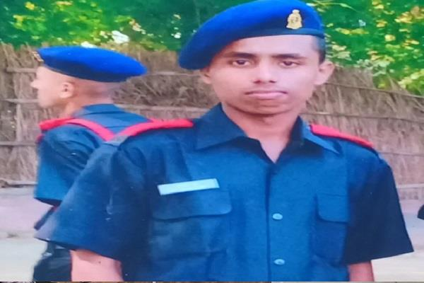 martyr deepak s body wrapped in tricolor will reach rewa today