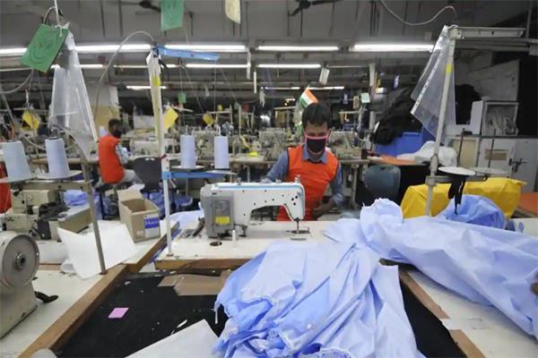 noida s textile industry needs 2 lakh employees