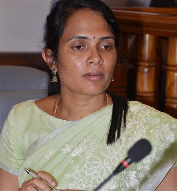 किसान की बेटी: कभी किताब खरीदने के भी नहीं थे पैसे, बिना कोचिंग क्रैक की UPSC परीक्षा