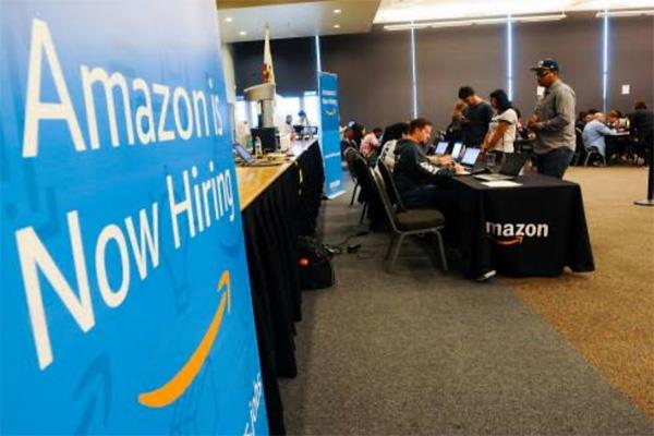 amazon india is giving jobs to 20 000 people can also apply for 12th pass
