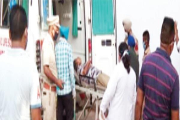 pregnant was suffering at some distance from the civil hospital