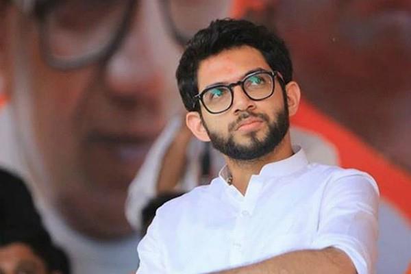 aditya thackeray requested center on vande bharat flights
