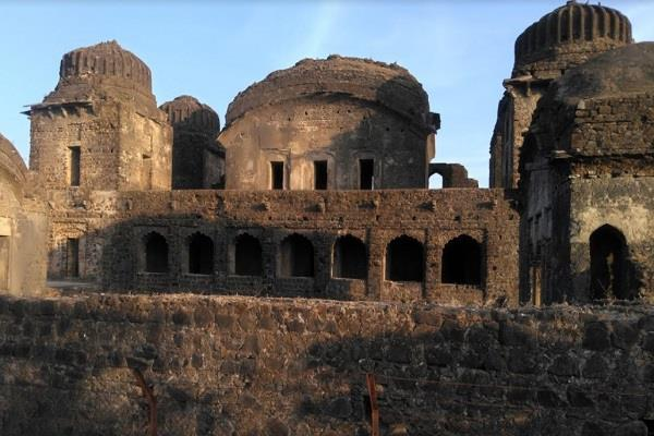 history of motimahal 350 years old is interesting