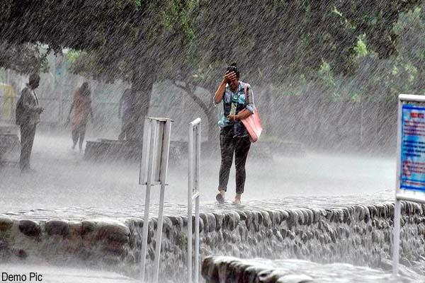 storm and heavy rain warning for next 3 days in himachal