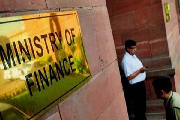 delhi corona reaches government offices 4 finance ministry employees positive