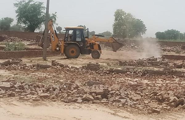 illegal colony cut on factory land closed due to loss crashed