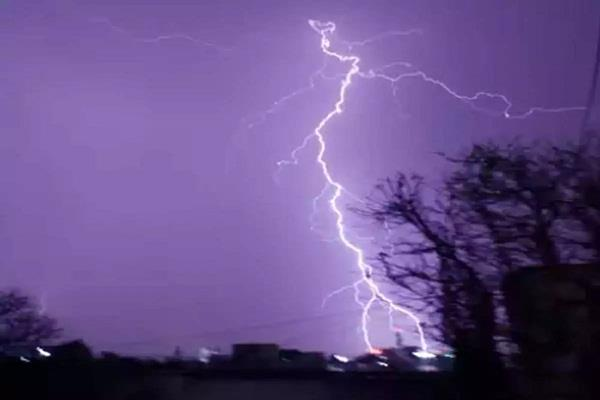 gujarat 7 killed due to lightning strikes in saurashtra