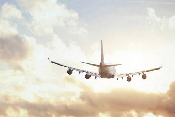 a special aircraft reached indore carrying 45 indians stranded in kuwait