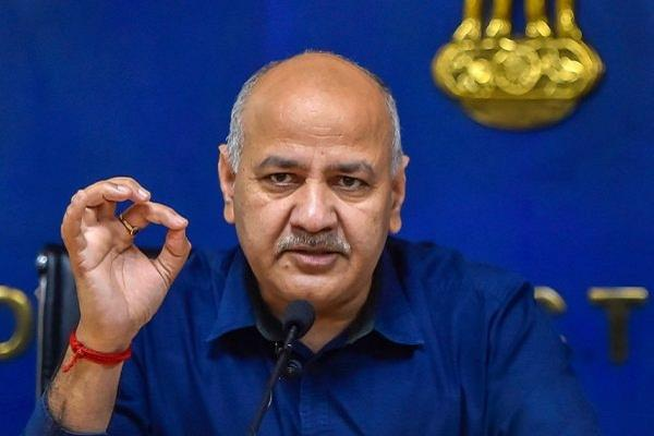 sisodia wrote to hrd minister said cancel the remaining cbse examinations