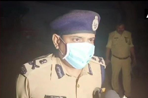 eight policemen who lost in kanpur