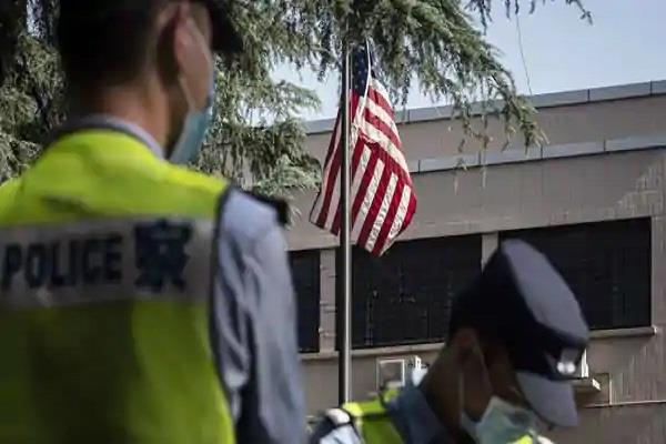 american flag lowered at us chengdu consulate in china report