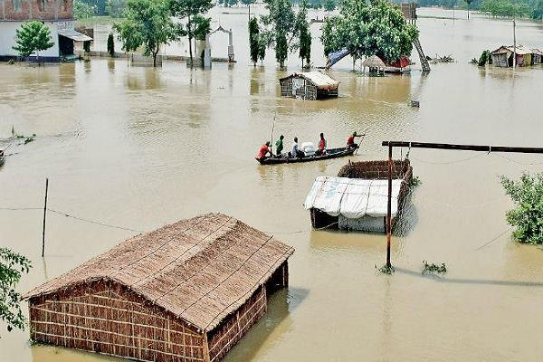 21 people have died due to floods in bihar