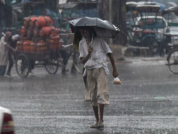 delhi air once again clear aqi reduced by monsoon rains