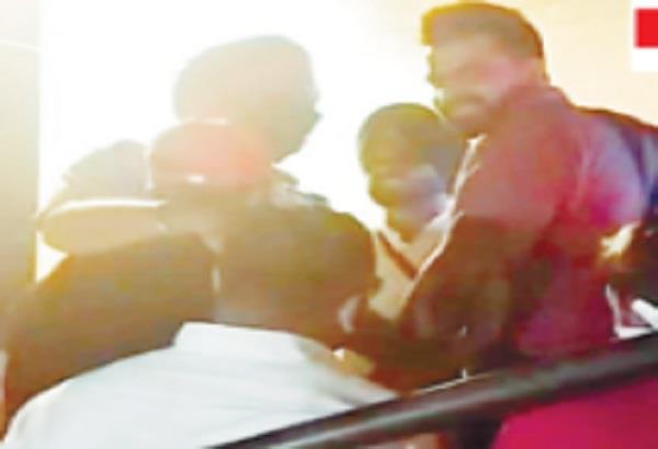 jalandhar red in buzz hookah bar of urban estate 13 arrested