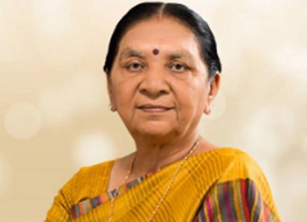 anandiben patel will take oath as acting governor of mp today