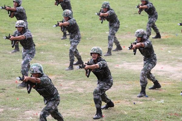 over 2 lakh chinese soldiers on ready mode for war