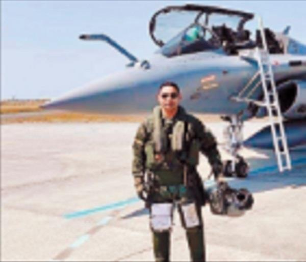 rafael fighter one of the pilots from bathinda