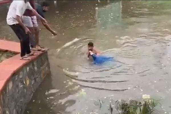rainfall in delhi trouble