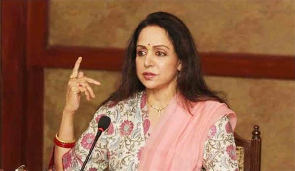 hemamalini says tourist facilitation center can be built outside
