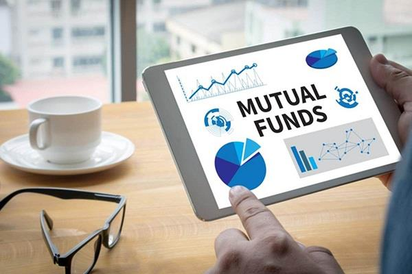 mutual fund companies investment in shares increased fourfold