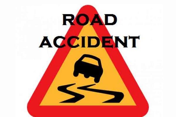 crash of bike with truck kills the young bike driver