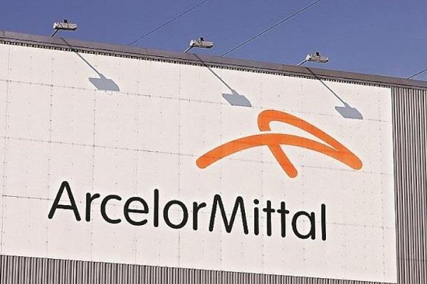arcelormittal losses of  559 million in april june quarter