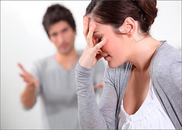 आखिर क्यों... गलती के बाद भी पति को माफ कर देती हैं औरतें