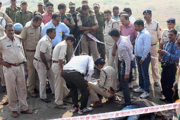 up 122 criminals killed in encounter in 3 years 13 policemen also martyred