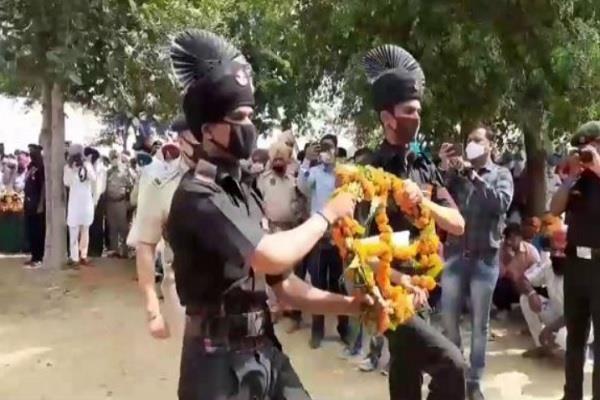 martyr lakhbir singh dead body before rakhi farewell with moist eyes