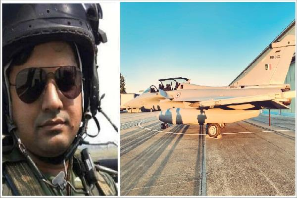 up s pilot manish singh was among those who brought rafale