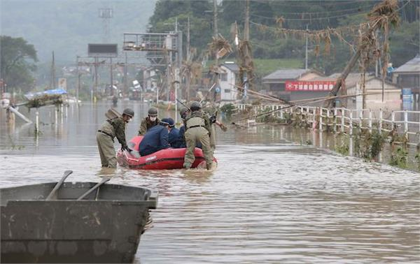 mass floods in japan after record rain