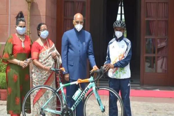 president gifted racing bicycle to child dreams of becoming cyclist