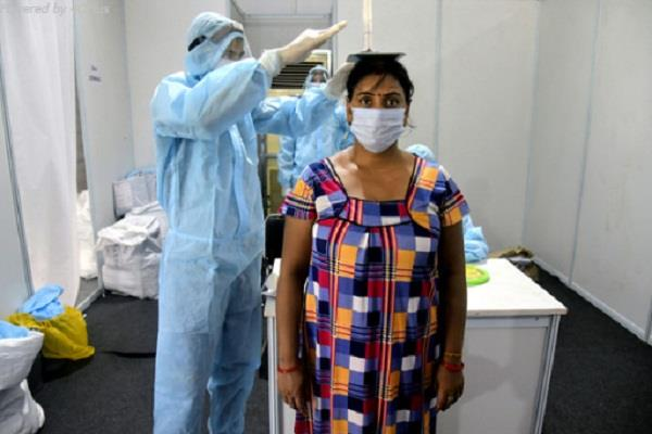 maximum 4 453 new cases of corona virus infection in one day in up