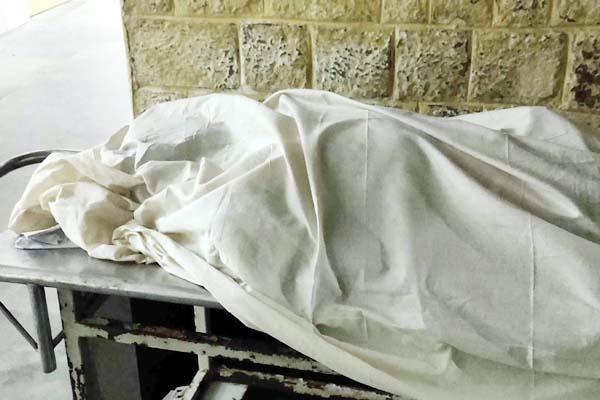 हिमाचल: 2 बाइकों की भिड़ंत में एक युवक की मौत, दूसरा घायल