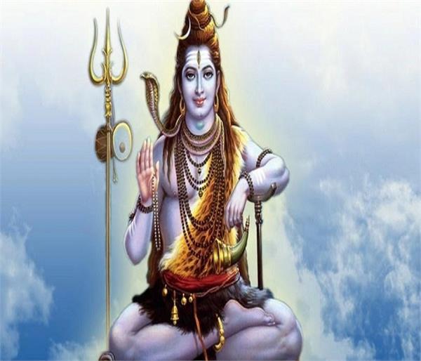 भोले शंकर के 12 प्रतीकः शिव के आंसू से बने थे रूद्राक्ष, त्रिपुंड तिलक का जानिए महत्व