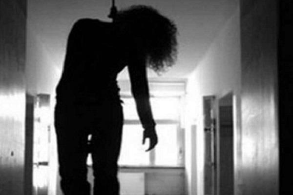female student commits suicide by hanging in tenth standard