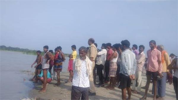 two teenagers drowned in ganga river in prayagraj
