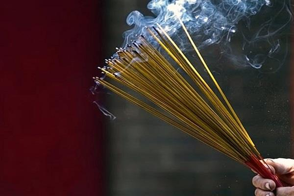 customs department busted incense sticks