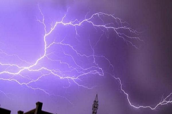 21 people died due to lightning strike in bihar