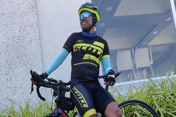 army officer completes one of the world s most difficult cycle races