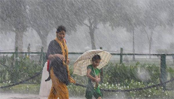 heavy rain warning in eastern and western uttar pradesh