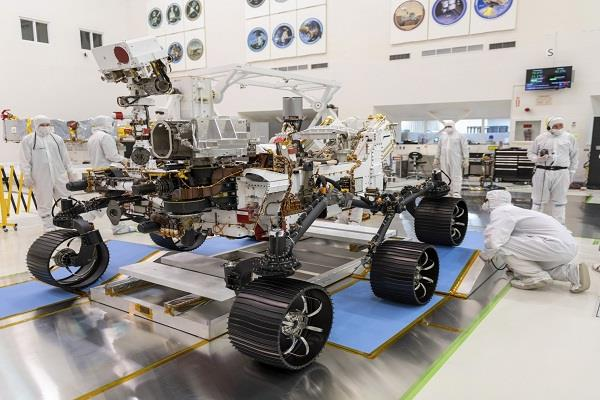 nasa again postponed the launch of mars rover two weeks before the due date