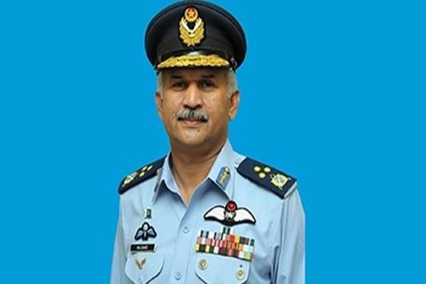 pakistan air force chief visits air force base of pok