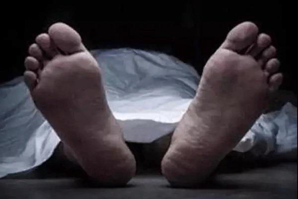 seraikela dead body of young man and woman found in river fearing murder
